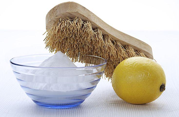 Glöm kemikalier – 19 briljanta matvaror som städar hemmet