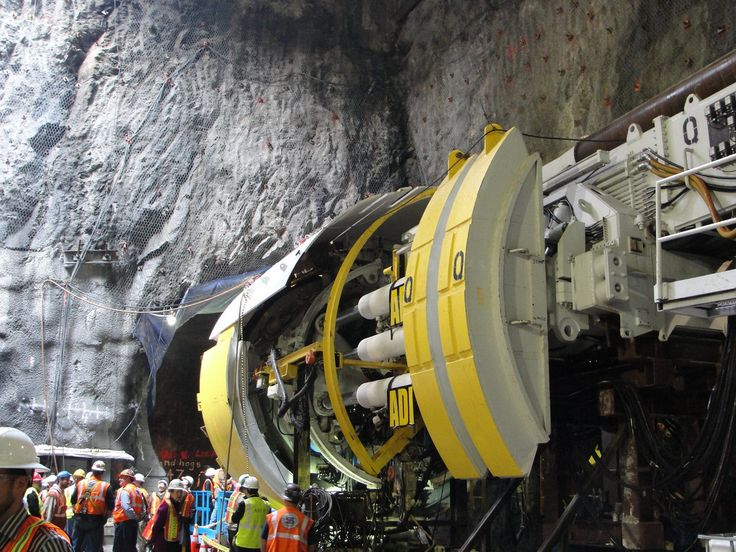 A small tunnel boring machine in New York City ready to build the Second Avenue subway line [1024x768]