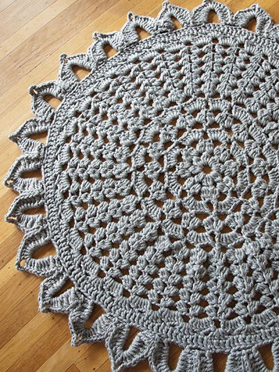 Knitting Pattern For Round Rug : 17 Best images about Crochet ~ Rugs on Pinterest Free pattern, Crochet rug ...