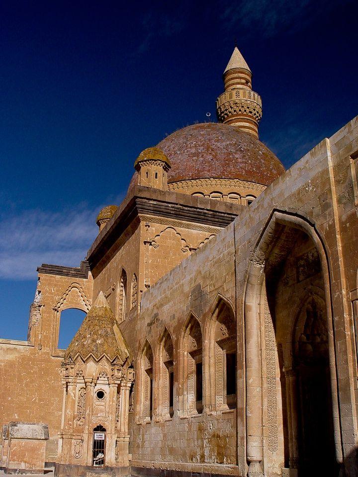 Ishak Pasa Palace, Ağrı, Turkey ♥♥♥