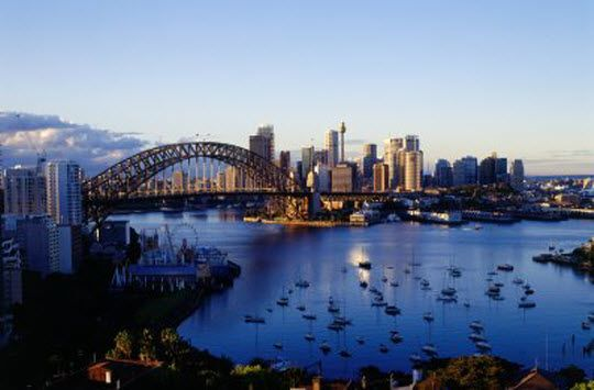 7 Reasons to Visit Sydney in Winter http://thingstodo.viator.com/sydney/reasons-to-visit-sydney-in-winter/