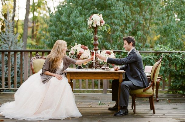 The couples table can be as formal or as informal as you wish/comments walkingonsunshine:)