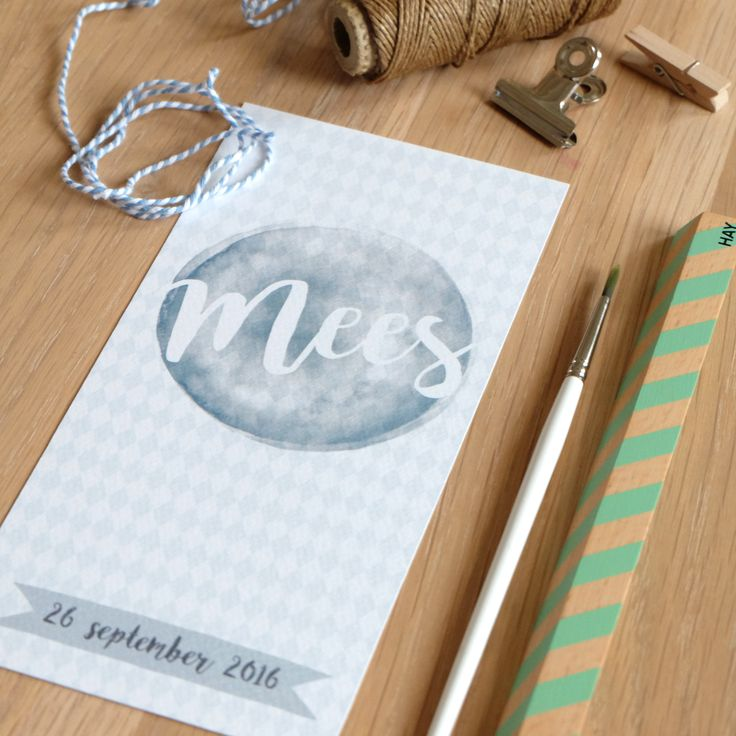 Geboortekaartje voor Mees!  Mijksje | ontwerp | aquarel | wieber | birth announcement | hip | uniek | custom-made | waterverf | blauw | jongen | illustratie | illustration | modern | eenvoudig | lief | speciaal papier | speciaal | structuurpapier