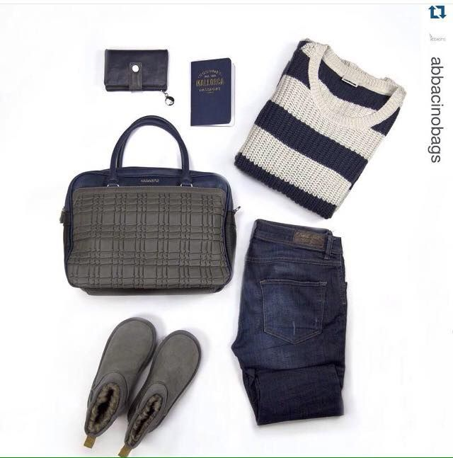 #Repost @abbacinobags with @repostapp. ・・・   Combina el bolso Asiria con grabado geométrico efecto 3D en tonos azul-gris. // Combine the Asiria bag with 3D geometric print in blue grey tones. Comprar bolso // Buy bag (-25%OFF) ➡ www.sider.gr #shopping #wishlist #look #inspiration #streetstyle #outfit #bag #accessories #blogger #fashionblogger #rebajas #sales #discounts #offers
