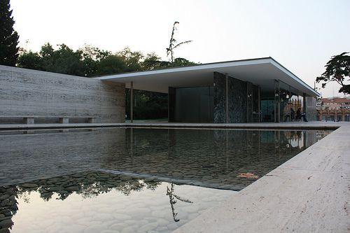 Der Barcelona Pavillon von Ludwig Mies van der Rohe