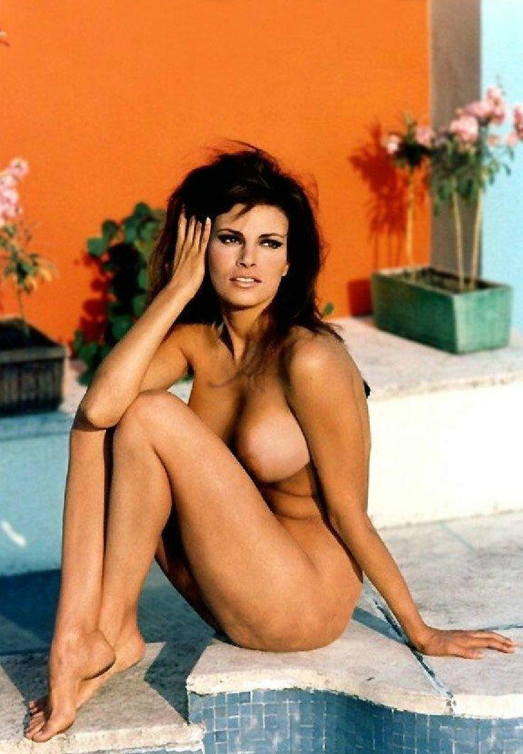 Raquel Welch Nude Pussy