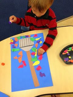 Rake & Leaf Art (from Preschool Wonders) Teach fall vocabulary, colors, even final /f/ as you create! (Red leaf, orange leaf, yellow leaf, green leaf.) For more great preschool activities visit Speech Sprouts on TpT