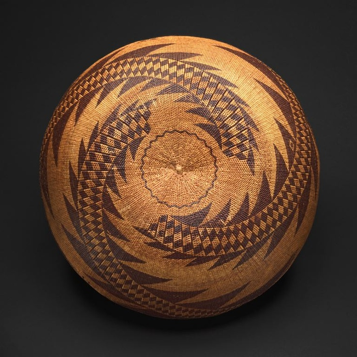 Sally Burris (1840-1912) Pomo Northern California, United States, Twined Basketry Bowl 1870/1900. AICAIC