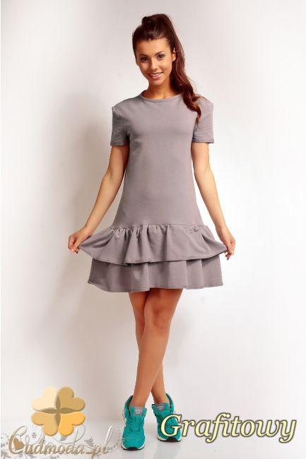Damska sukienka z podwójną falbanką marki NOMMO.  #cudmoda #moda #ubrania #odzież #sukienki #dresses #kleidung