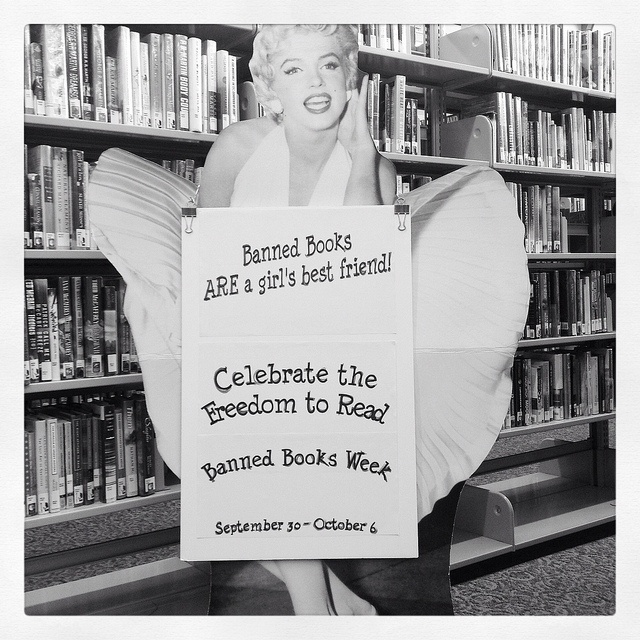 Sjc Library Banned Books Week Banned Books Books To Read