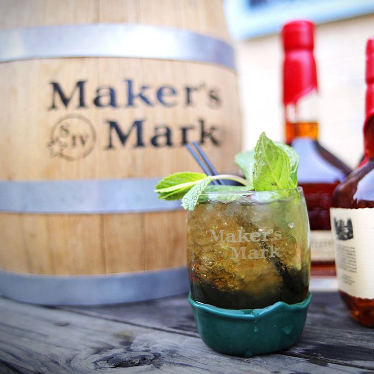 A big weekend for Mint Juleps is coming up in Kentucky. Make sure to #MakeItDelicious by mixing up something classic or something a little more adventurous. Click through for 6 different ways to stir it up while enjoying the races. Cheers.
