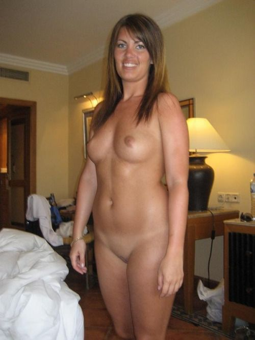 top-less maduras reales escort