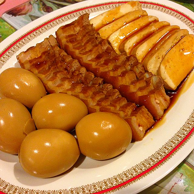 Stewed Pork Belly, Eggs and Firm Tofu Recipe (Lu Wei, 卤味) - coasterkitchen - Dayre