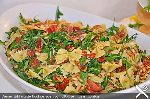 Nudelsalat auf italienisch, ein beliebtes Rezept aus der Kategorie Gemüse. Bewertungen: 822. Durchschnitt: Ø 4,7.