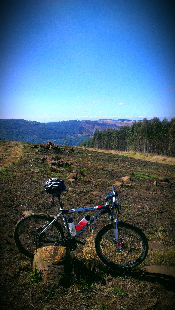 Over the valley to Curry's Post. MTB on the Midlands Meander, KZN, South Africa . wwwmidlandsmeander.co.za