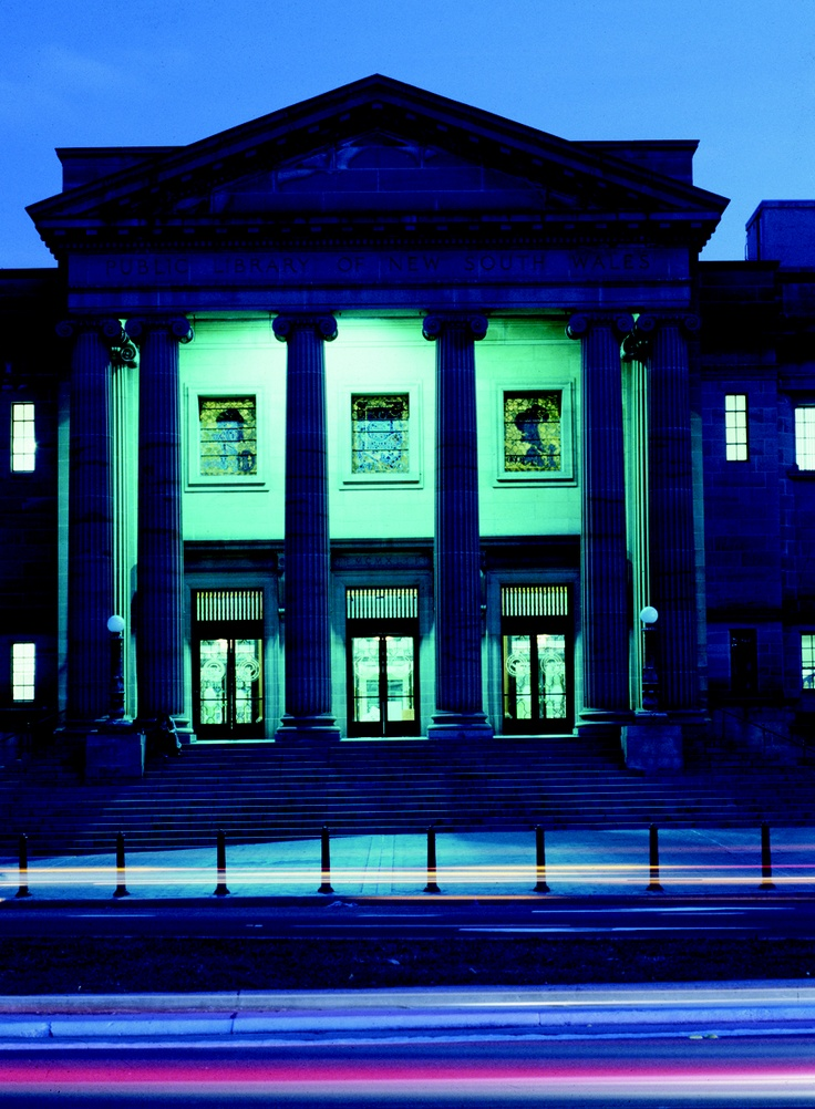 Mitchell Library, State Library of NSW, by night.