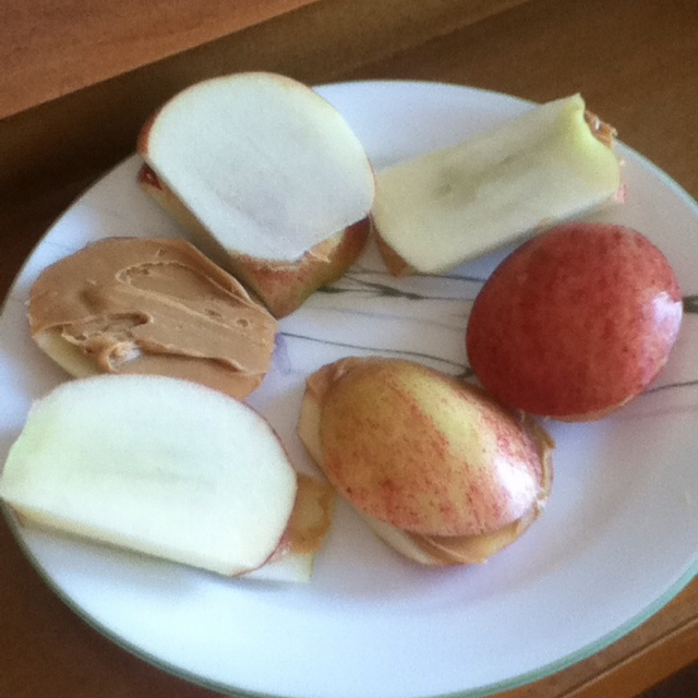 Apple and peanut butter sandwiches!! :) | Fun for the Kiddos | Pinter ...