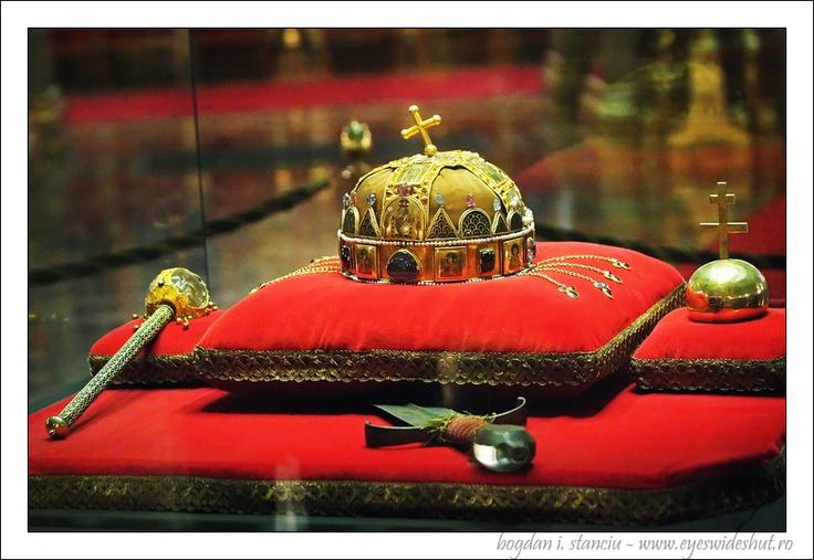 Szent Korona (860×593)