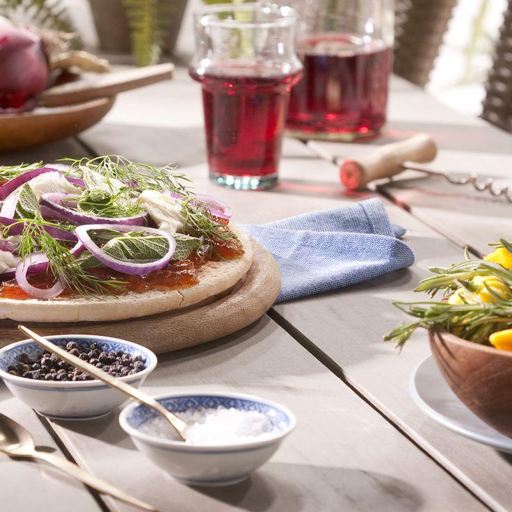 Buiten leven, buiten eten! Tuintafel Garda van Leen Bakker #genieten #voorjaar
