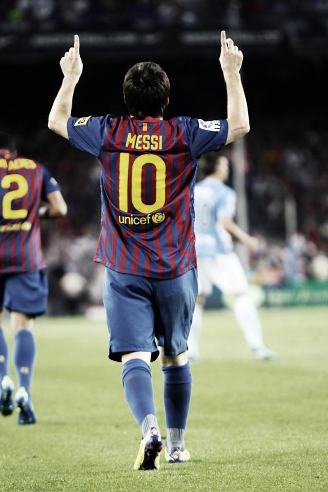 """""""In football as in watchmaking, talent and elegance mean nothing without rigour and precision."""" -Messi #10"""