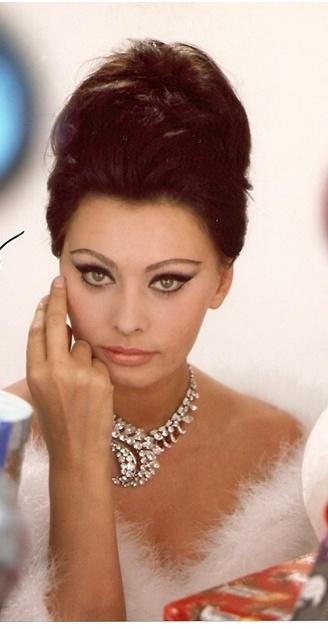 Sophia Loren....Uploaded By  www.1stand2ndtimearound.etsy.com