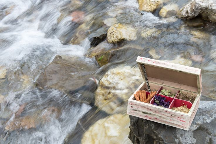 https://flic.kr/p/B7xgyb | Herbs Box  (Κουτί για Μαντζούνια)