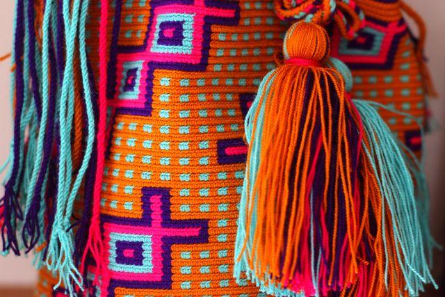 Wayuu Taya Foundation Handmade Susu Bags - www.wayuustore.com