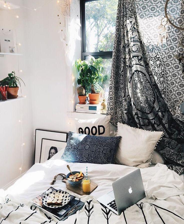 Bedroom Night Stands Black Emo Bedroom Bedroom Art Tumblr Colour Design For Bedroom: 25+ Best Ideas About Bedroom Sanctuary On Pinterest