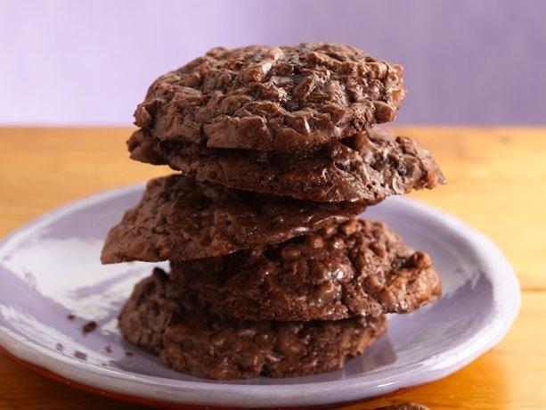 Fiber One® Crunchy Fudge Cookies: Breakfast Cookies, Sweet Treats, Chocolates Cookies, Healthy Eating, Peanut Butter Cookies, Crunchi Fudge, Fudge Cookies, Fudgi Cookies, Better America