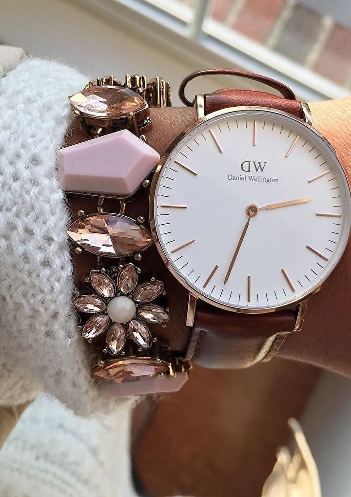 Hues of Pink Statement Bracelet #watch #statementbracelet - 16,90  @happinessboutique.com