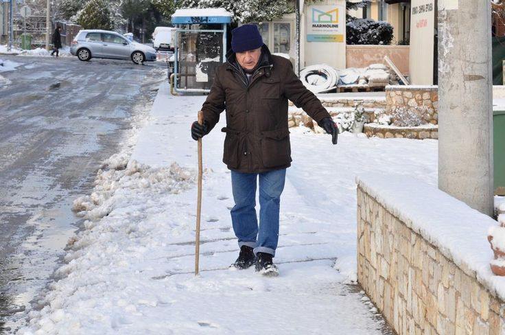 http://www.thetoc.gr/eng/news/article/greece-hit-by-new-wave-of-snow-and-bad-weather