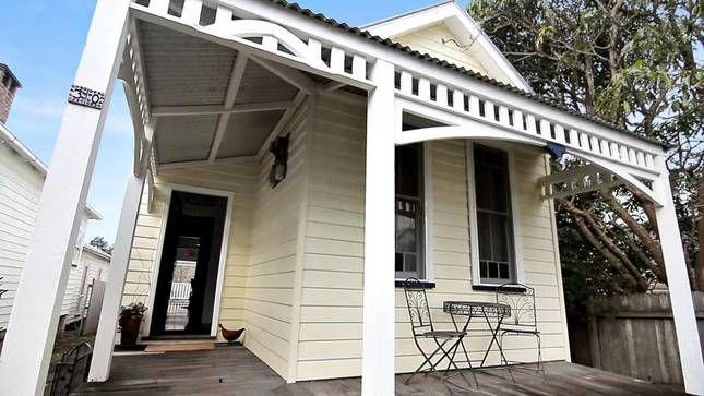 Bantam Cottage-a pet friendly,, a Berry Cottage | Stayz