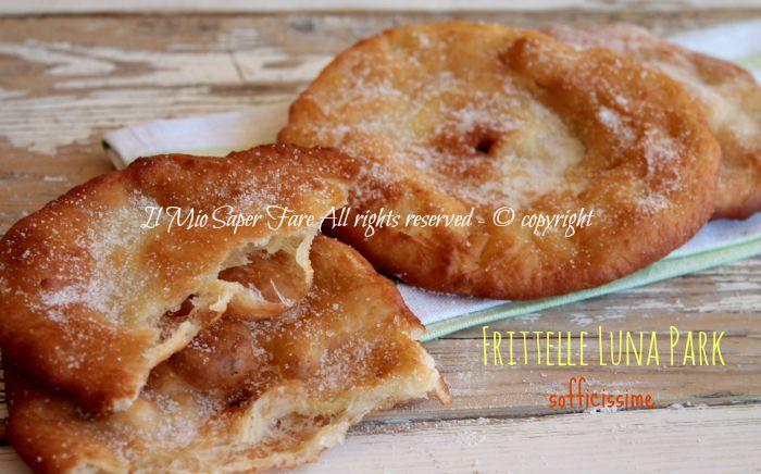 Frittelle Luna Park sofficissime o Frittelle delle fiere sono dei dolci realizzati con un impasto pan brioche senza uova, fritti e zuccherati. Golosissime!