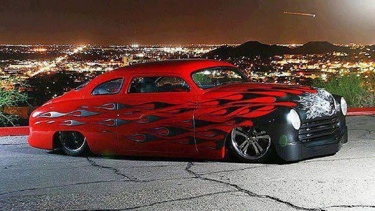 Fabulous hot rod. Pinned by http://flanaganmotors.com