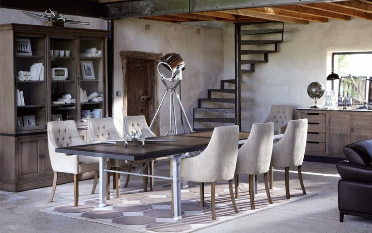 www.smellinkclassics.nl | Complete room | Classic Rural Industrial | Interior Ideas | wardrobe with ladder | large cupboard | classical interior | Grange furniture | Sofa | Coffee table | Dining table | Complete living room | Operating Room | Office |