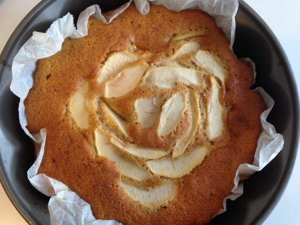 Torta di mele alla cannella (ricetta senza burro) | Un Avvocato ai Fornelli