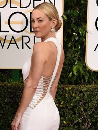 Such a stunning gown #katehudson #whitegown #goldenglobes2015