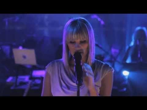 Late Night Alumni - Empty Streets (live version) | 2013 - YouTube