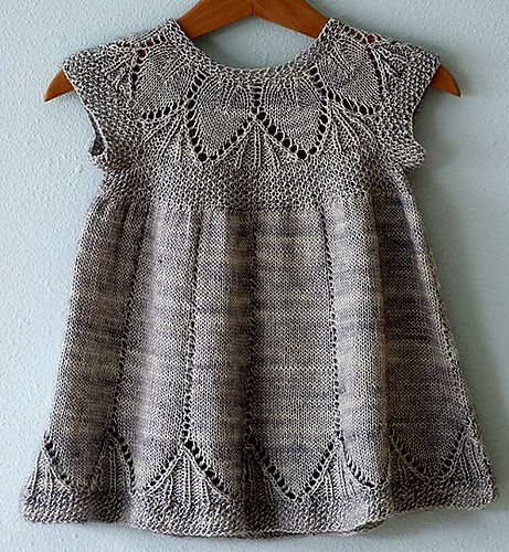 25+ best ideas about Knit Baby Dress on Pinterest Knitting baby girl, Knitt...