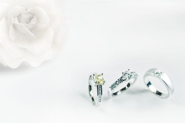 Originally designed for your love. Find us in Štupartská street, Prague. Navrženo pro vaši lásku.  Navštivte nás ve Štupartské ulici, Praha.  #Engagement #Ring #EngagementRing #Jewellery #PragueGarnetCenter #Zásnuby #Prsten #ZásnubníPrsten #Šperky