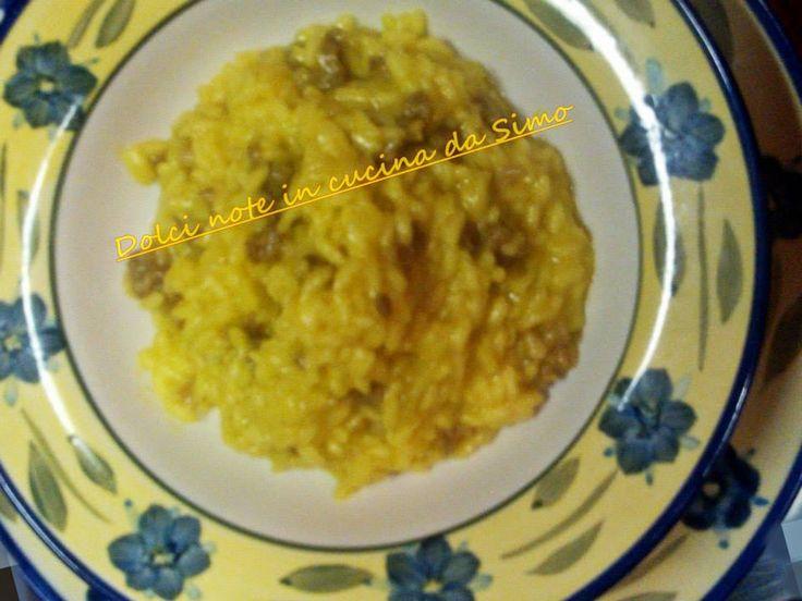Dolci note in cucina da Simo: Risotto giallo con la salciccia