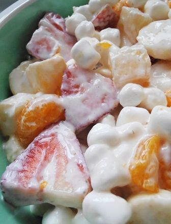 Foodzila: Marshmallow Fruit Salad