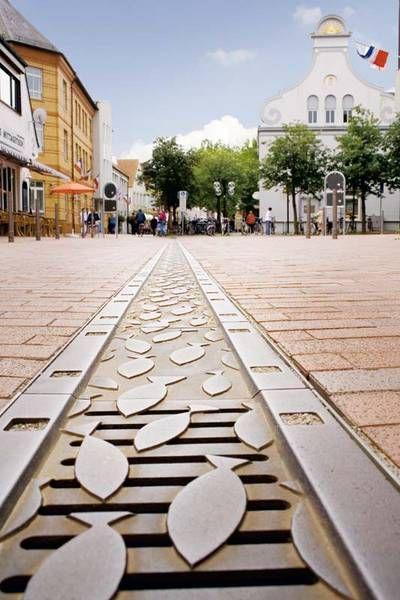 #design #architektur #birco #individuell #anfertigung #abdeckung #rinne #innenstadt #regenwasser #abwasser #lösung
