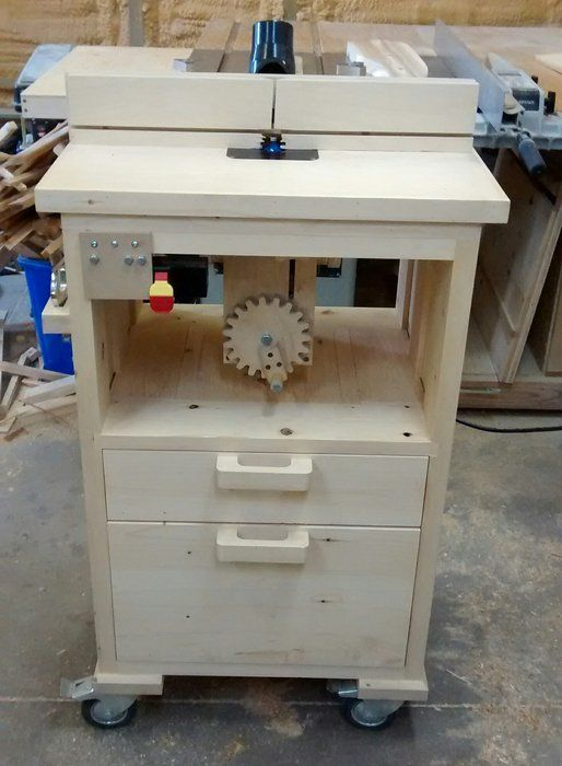 Router Table With Homemade Tilting Lift By