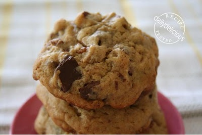 The Best One Bowl Chocolate Chunk Pecan Cookies | Indulge | Pinterest ...