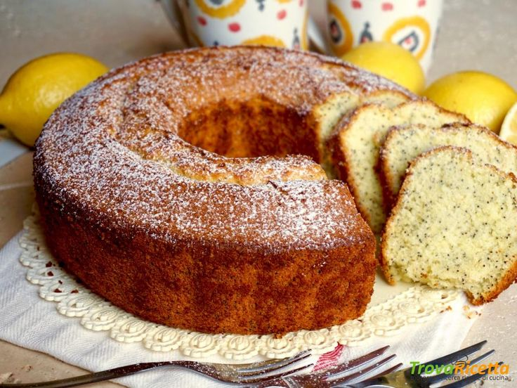 Chiffon Cake al Limone e Semi di Papavero  #ricette #food #recipes