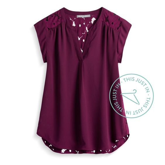 Love this Stitch Fix blouse for fall! I love shopping with Stitch Fix! A personal stylist will pick out pieces for you based on your style and needs. They are shipped to you on the date you choose. Try the clothes on at home and keep what you like!