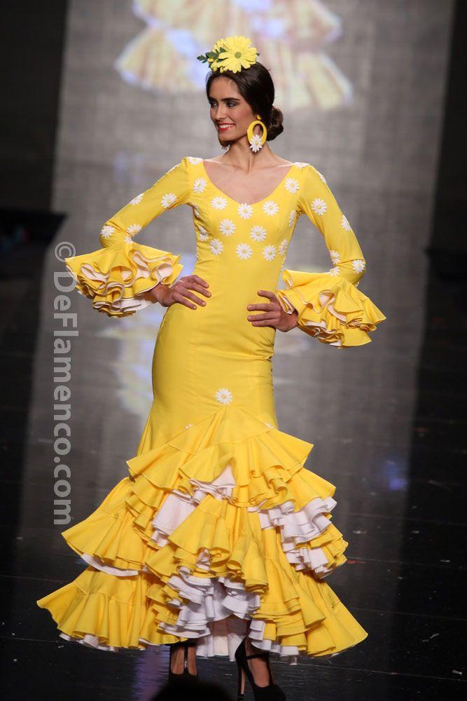 Fotografías Moda Flamenca - Simof 2014 - Mari Carmen Cruz 'Y... Sevilla' Simof 2014 - Foto 17
