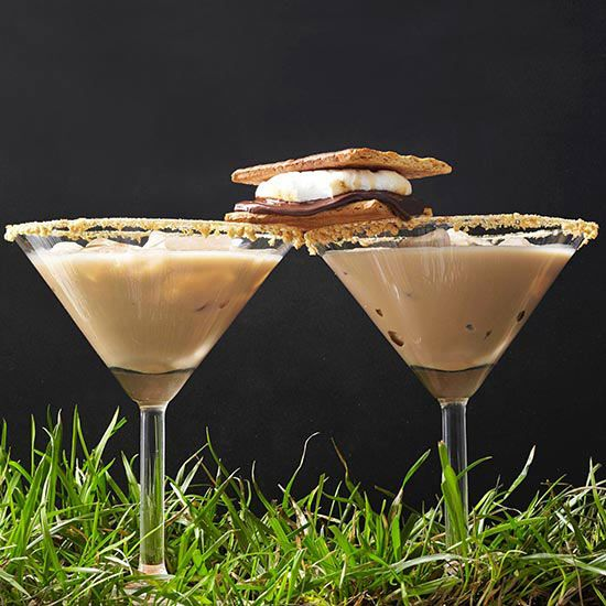 Brown: Toasted S'mores Cocktails With Marshmallow Vodka