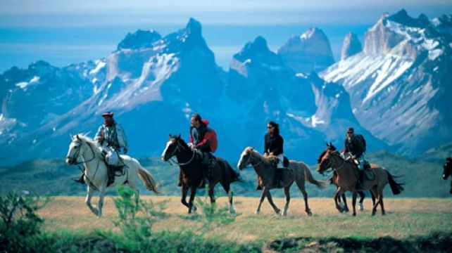 Horse Riding Discovery across the Andes | Horse Riding Holiday, Chile & Argentina Travel Experience | Combadi